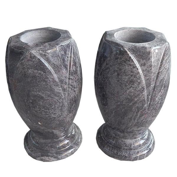 vase en granit pour cimetière
