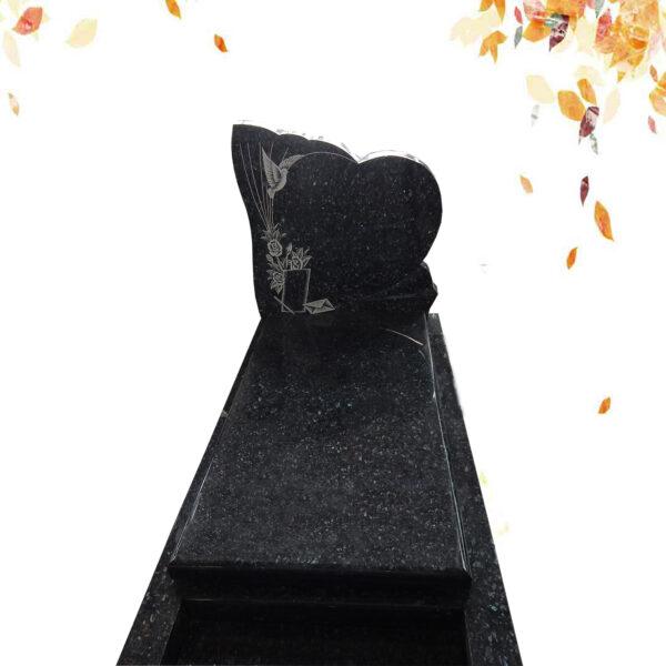 monument funéraire forme coeur