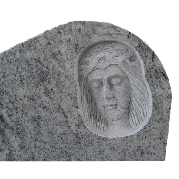 pierre tombale en pierre blanche