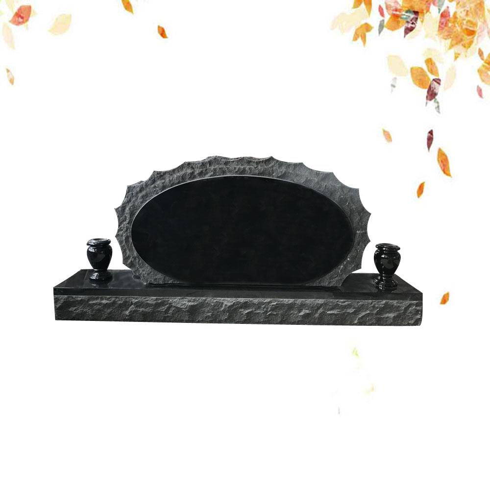 monument en noir fin