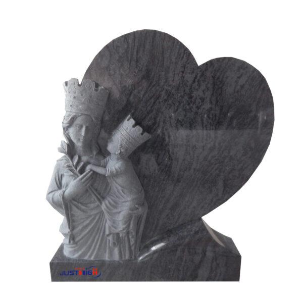 pierre tombale avec un coeur